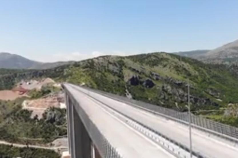 Přístav v Černé Hoře kvůli nesplacenému dluhu připadne Číně